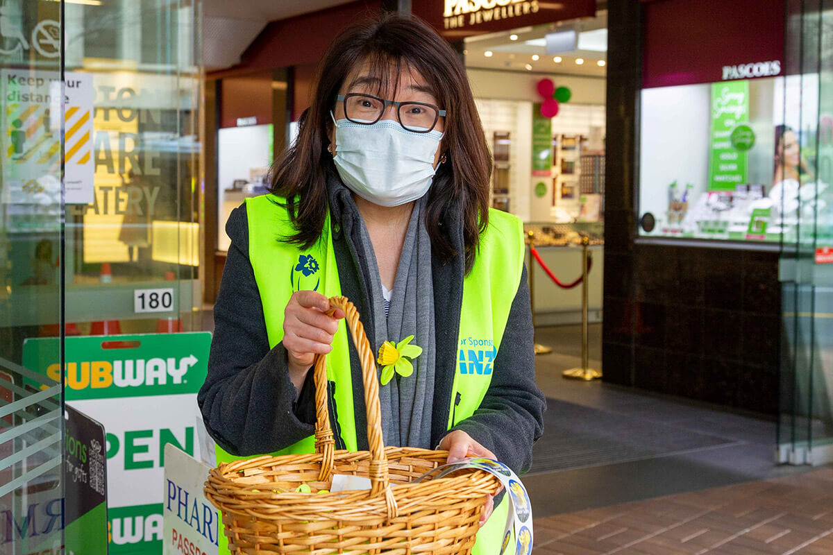 daffodil day volunteer with mask v2